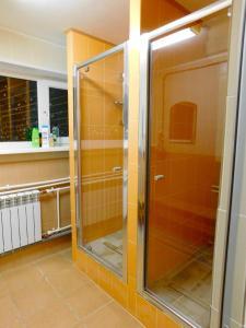 Ванная комната в Хостел Акка Книбекайзе