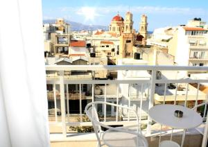A balcony or terrace at Crops Suites