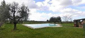 The swimming pool at or near Genzano di Roma Villa Sleeps 4 Pool WiFi