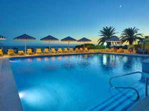Het zwembad bij of vlak bij Hotel Baia Cristal Beach & Spa Resort