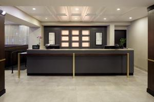 The lobby or reception area at Doubletree By Hilton Montreal Airport