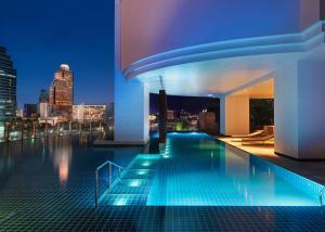 Piscina di Millennium Hilton Bangkok o nelle vicinanze