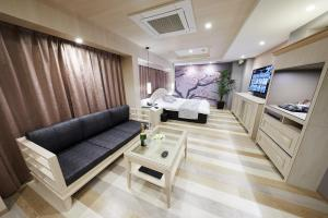 A seating area at Hotel Sen (Adult Only)