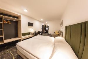 Letto o letti in una camera di Hotel Valcha