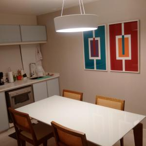A kitchen or kitchenette at Ocean Flat