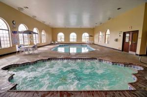 The swimming pool at or near Comfort Inn and Suites Medical West