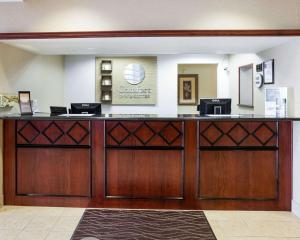 The lobby or reception area at Comfort Inn & Suites San Antonio Airport