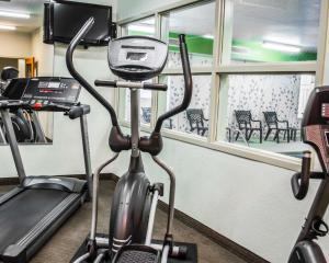 The fitness center and/or fitness facilities at Sleep Inn & Suites Stony Creek