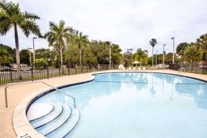 The swimming pool at or close to Sleep Inn Miami Airport