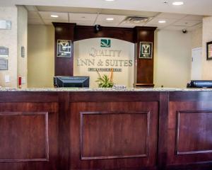The lobby or reception area at Quality Inn & Suites Near Fairgrounds & Ybor City