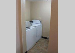 A kitchen or kitchenette at Quality Inn North