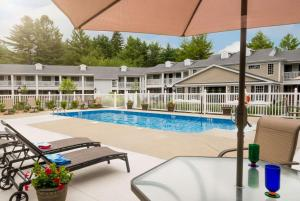 The swimming pool at or near Port Inn & Suites Kennebunk, Ascend Hotel Collection