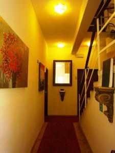 The lobby or reception area at Villas Arbia - Rooms Villa Rio