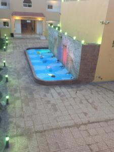 A piscina localizada em Almamcha Hotel ou nos arredores