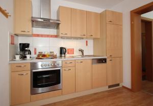 Kuchyň nebo kuchyňský kout v ubytování Haus Lorenz