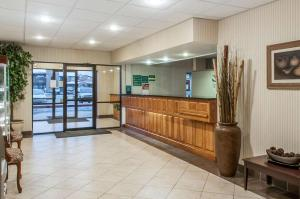 The lobby or reception area at Quality Inn & Suites Grants