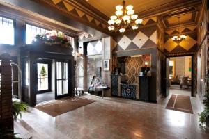 El vestíbulo o zona de recepción de The Giacomo, Ascend Hotel Collection
