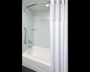 A bathroom at Cambria Hotel New York - Chelsea