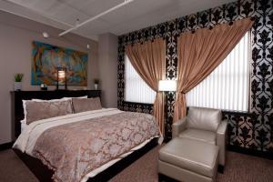 Cama o camas de una habitación en The Giacomo, Ascend Hotel Collection