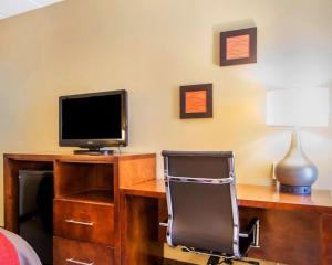A television and/or entertainment center at Comfort Inn Dayton - Huber Heights