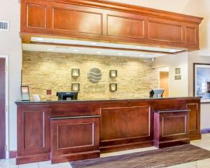 The lobby or reception area at Comfort Inn & Suites West Chester - North Cincinnati