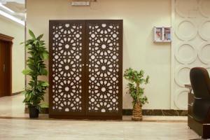 O saguão ou recepção de East Rodina Furnished Residential Units