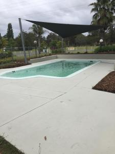 The swimming pool at or near Eden Golf View Motel