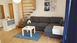 Posedenie v ubytovaní Slavko modern furnished penthouse for 8
