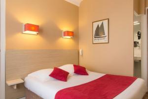 Un ou plusieurs lits dans un hébergement de l'établissement The Originals City, Hôtel Cléria, Lorient (Inter-Hotel)