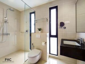 Un baño de Hutton Central Hotel By PHC