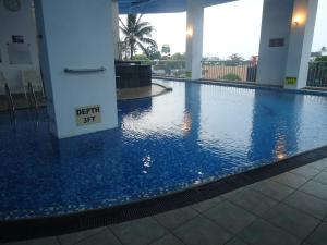 The swimming pool at or near Global Towers Hotel & Apartments