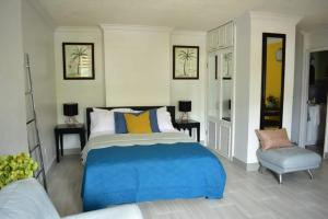 A bed or beds in a room at Ambleside