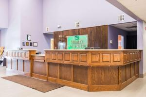 The lobby or reception area at Quality Inn and Suites Alma