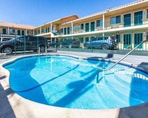 The swimming pool at or near Comfort Inn Boardwalk