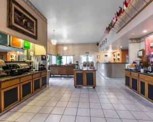 Restaurant ou autre lieu de restauration dans l'établissement Comfort Inn & Suites Sequoia Kings Canyon - Three Rivers