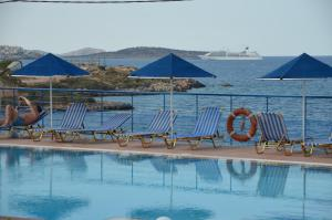 The swimming pool at or close to Poppy Villas