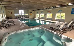 The swimming pool at or near Old Orchard Inn Resort and Spa