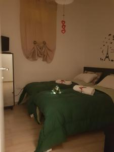 A bed or beds in a room at La casetta di Jasmine