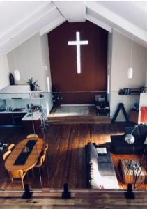 A kitchen or kitchenette at The Church Retreat