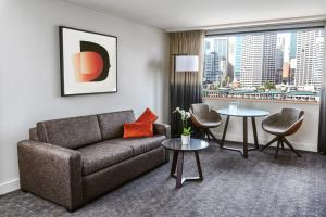 A seating area at Novotel Sydney Darling Harbour