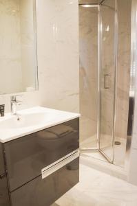 Een badkamer bij The Mornington Camden