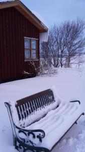 Guesthouse Pétursborg during the winter