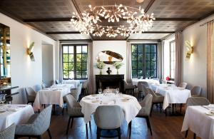 A restaurant or other place to eat at Relais de Chambord - Small Luxury Hotels of the World