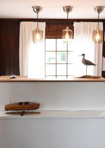 A kitchen or kitchenette at Cape Cod Veranda