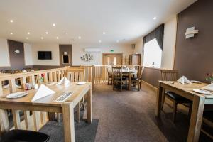 A restaurant or other place to eat at Seaview Hotel