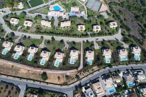 A bird's-eye view of Colina da Lapa & Villas