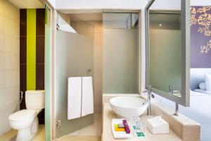 A bathroom at Ibis Styles Malang