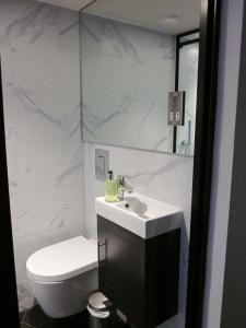 Kúpeľňa v ubytovaní Euston Square Hotel