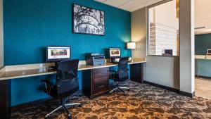 The business area and/or conference room at Best Western Plus Bolivar Hotel & Suites