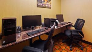 The business area and/or conference room at Best Western Plus Finger Lakes Inn & Suites